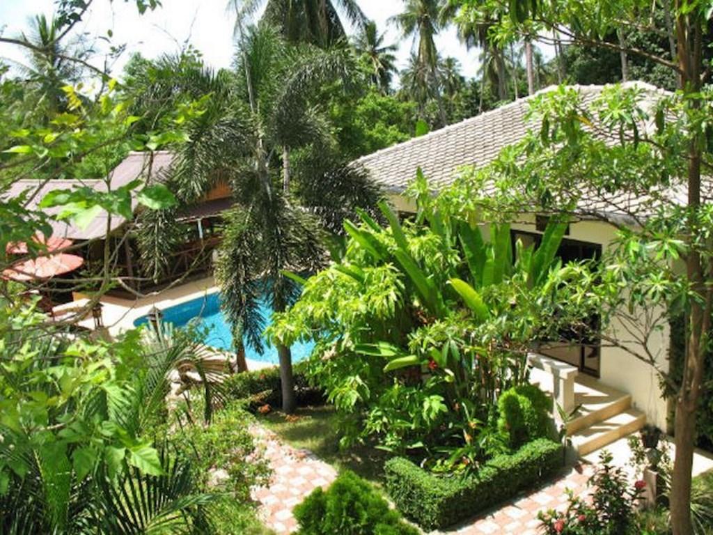 Baan sukreep resort location de bungalows et villa tout for Au jardin tropical guadeloupe